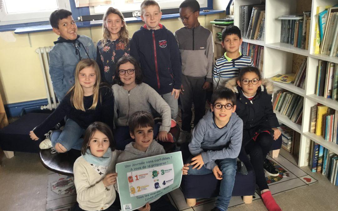 Une journée sans cartables organisée par les élèves